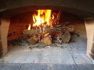 How-to-build-a-fire-pizza-oven_09