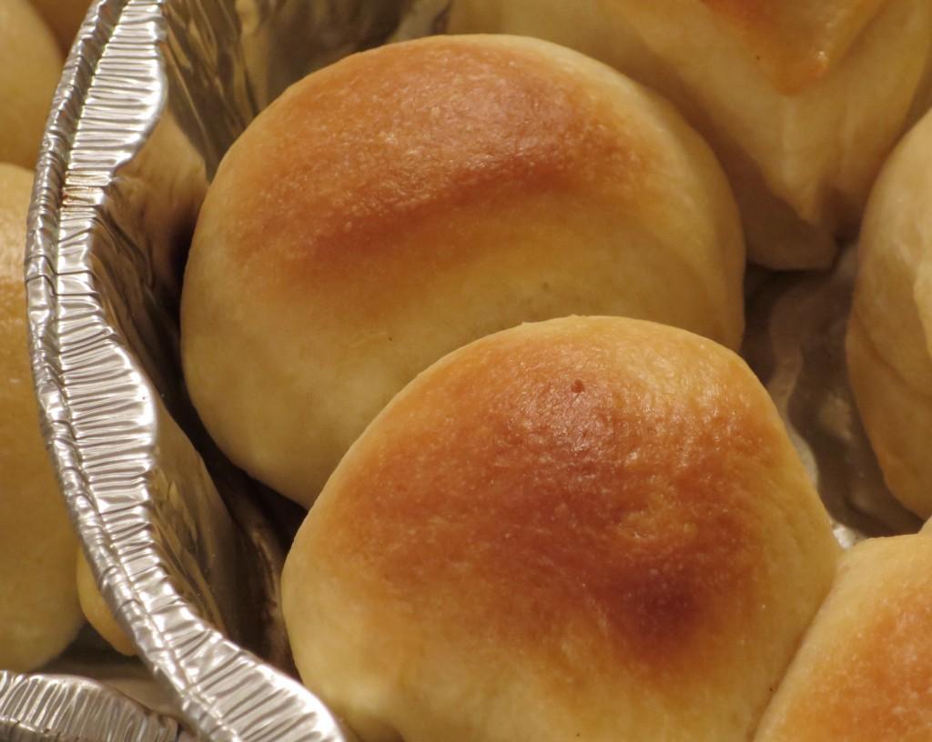 dinner rolls wood-fired oven pizza oven bread baking